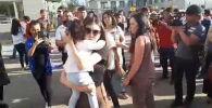 Бишкектеги Биринчи Май райондук соту мурдагы башкы прокурор Аида Салянованын баш коргоо чарасын карап, аны 26-июнга чейин №1 СИЗОго камакка алды.