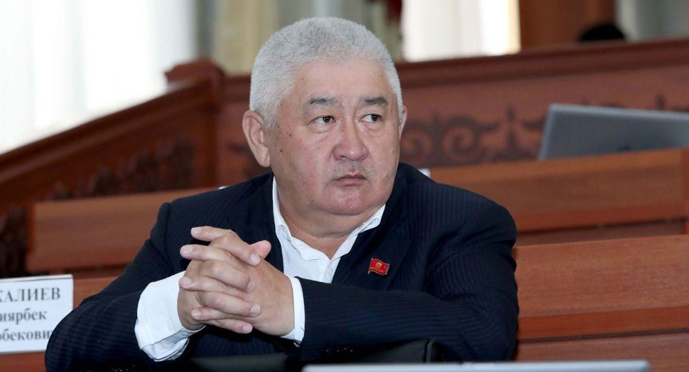 ЖК депутаты Зарылбек Рысалиев. Архив