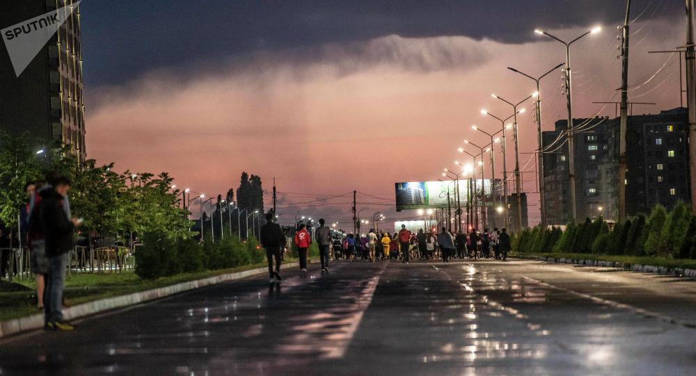 Бишкектеги түнкү жарыш. Архивдик сүрөт
