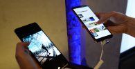 Новые смартфоны. Архивное фото