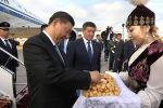 Кытай Эл Республикасынын төрагасы Си Цзиньпин бүгүн, 12-июнда, мамлекеттик визит менен Бишкекке келди.