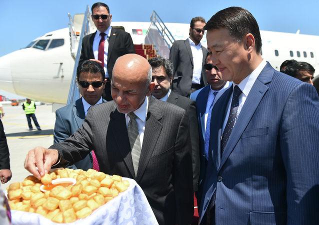 Президент АфганистанА Мохаммад Ашраф Гани прибыл в Кыргызстан для участия в очередном заседании Совета глав государств-членов ШОС