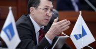Депутат Мурадыл Мадеминов. Архивдик сүрөт