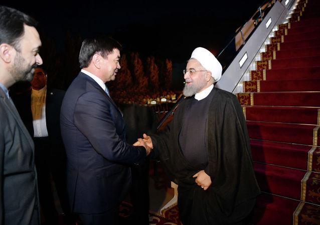 Президент Исламской Республики Иран Хасан Рухани прибыл в Кыргызскую Республику для участия в очередном заседании Совета глав государств-членов Шанхайской организации сотрудничества. 13 июня 2019 года
