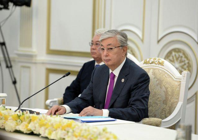 Президент Казахстана Касым-Жомарт Токаев принимает участие в заседании Совета глав государств - членов Шанхайской организации сотрудничества (ШОС) в расширенном составе в государственной резиденции Ала-Арча в Бишкеке. 14 июня 2019.