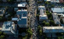 Автомобильный затор в Бишкеке. Архивное фото