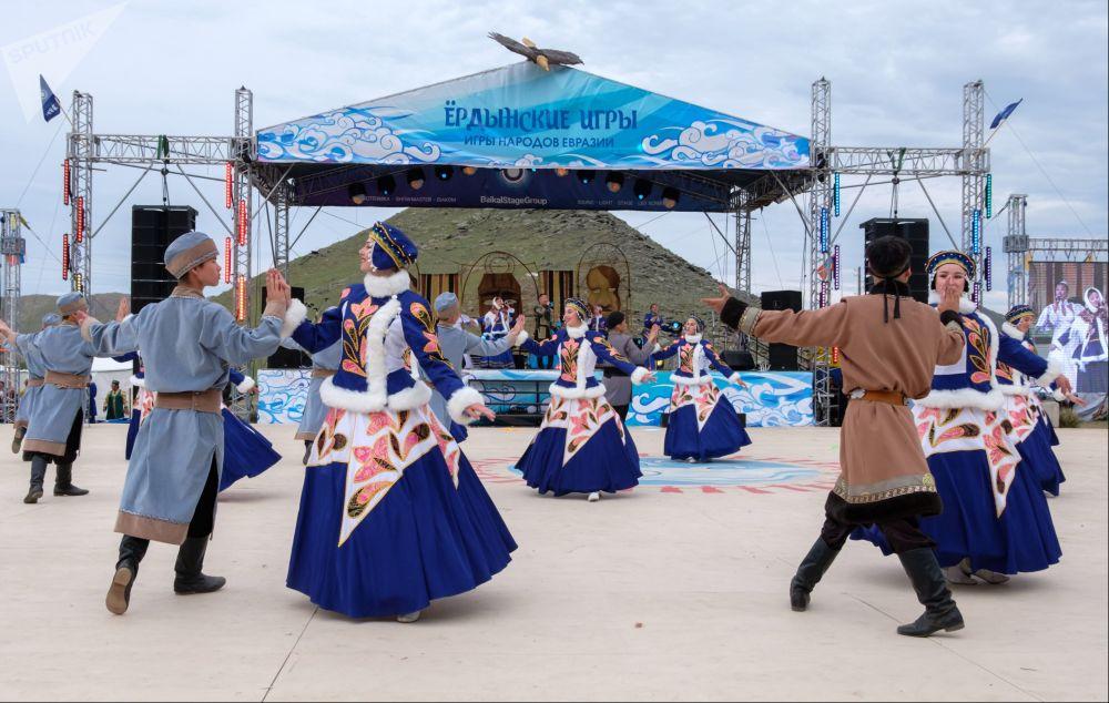 Как говорят организаторы, сегодня ёрдынские игры — это своеобразная олимпиада народов Евразии