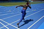 Бегунья во время тренировки. Архивное фото