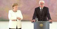 Канцлер Германии Ангела Меркель на встрече с президентом Франком-Вальтером Штайнмайером в Берлине, Германия, 27 июня 2019 года