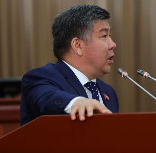 Жогорку Кеңештин депутаты Алмамбет Шыкмаматов. Архив