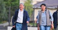 Кыргызстандын мурдагы президенти Алмазбек Атамбаевдин жана ЖК депутата Асел Кодуранова. Архив
