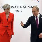 Владимир Путин также провел встречу с Терезой Мэй, которая скоро оставит пост премьер-министра Великобритании