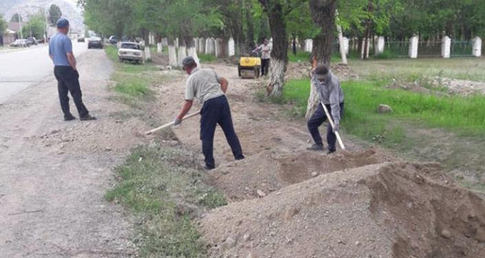 Ремонт тротуаров в городе Нарын