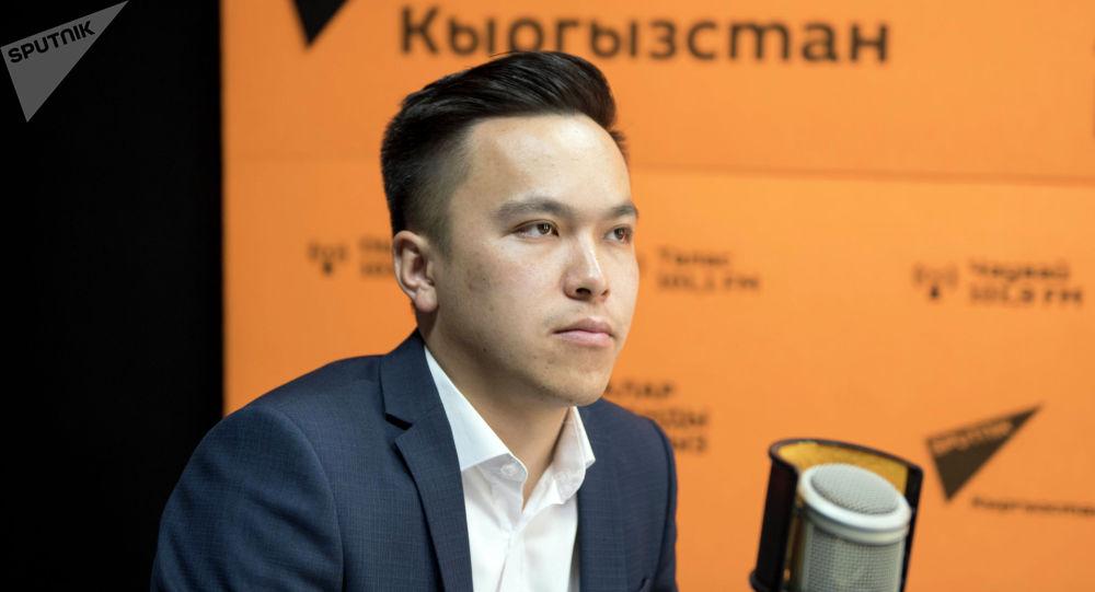 Республикалык жаштар конгрессинин жетекчиси жана тил борборунун негиздөөчүсү Нурсултан Кубанов