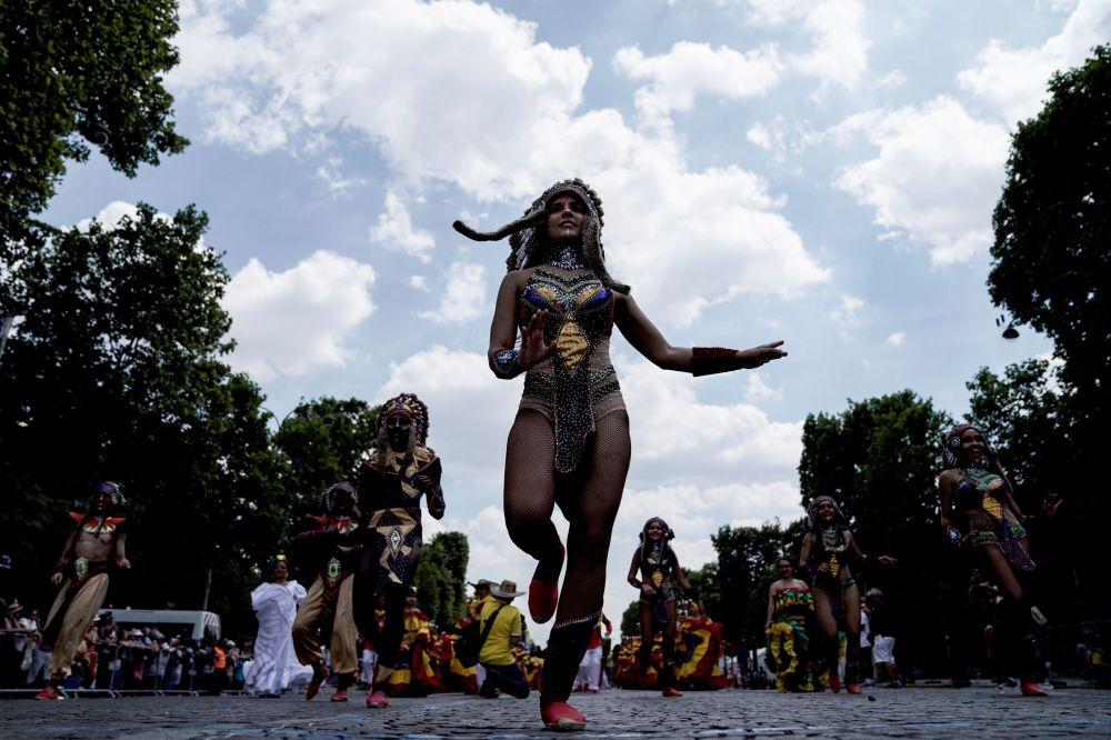 Ключевым событием карнавала становится выбор королевы