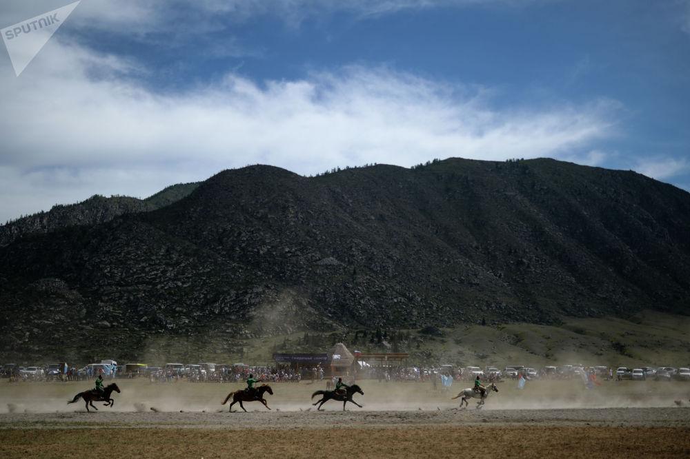 Көк бөрүнүн эл аралык рейтингинин сап башында Кыргызстан, Казакстан жана Өзбекстан турат.
