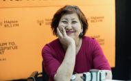 Создатель клуба Перезагрузка в 49+ Гульмира Сарман во время беседы на радио