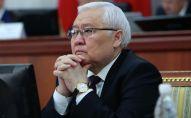 Постоянный представитель Правительства в Жогорку Кенеше Ашырбек Темирбаев. Архивное фото
