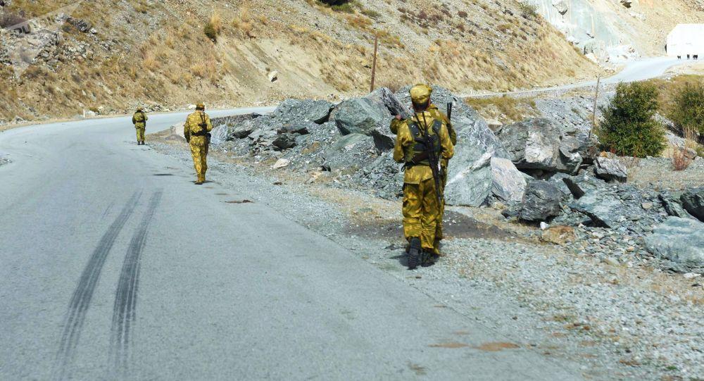 Пограничники Таджикистана. Архивное фото