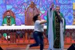 В бразильском городе Сан-Паулу протестантский священник поплатился за заявление о недоступности рая для полных.
