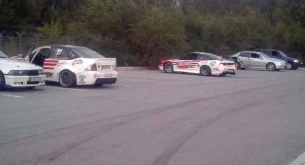 Автоинспекторы предотвратили проведение гонок на территории бывшей авиабазы ''Ганси