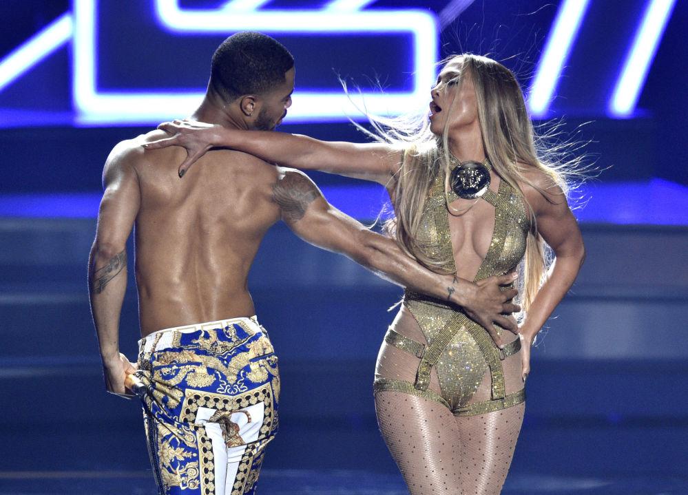 MTV Video Music Awards 2018 сыйлыгын ташыруу аземи учурунда.