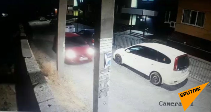 В столичном микрорайоне Восток-5 неизвестный угнал автомобиль Honda Fit.