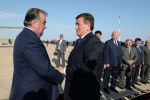 Тажикстандын президенти Эмомали Рахмон Кыргызстанга иш сапары менен келди.