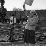 Пишпек станциясынын локомотивдик депосунун багыттоочу кызматкери. 1967-жыл