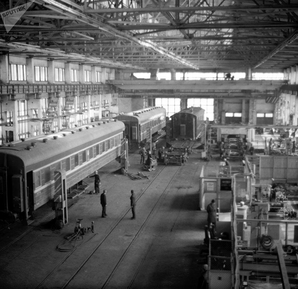 Алма-Ата темир жолунун Фрунзе бөлүмүнүн Пишпек станциясынын локомотивдик депосу. 1983-жыл