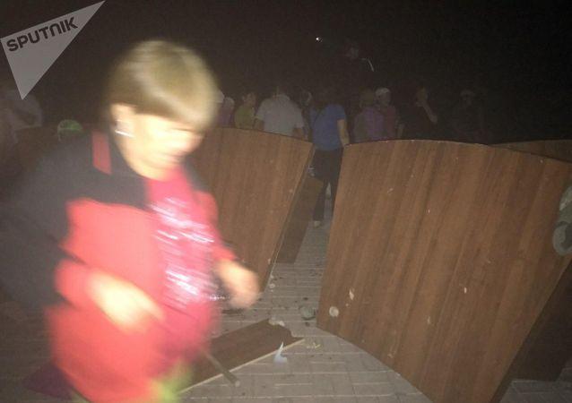 Ситуация после штурма дома Алмазбека Атамбаева в селе Кой-Таш