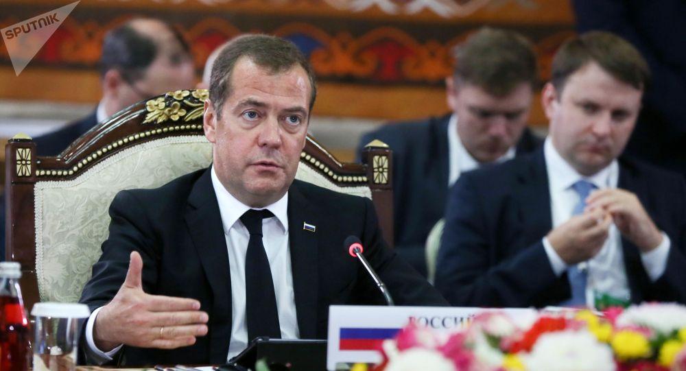 Россиянын өкмөт башчысы Дмитрий Медведев. Архив