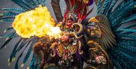 Участница карнавала в Индонезии. Архивное фото