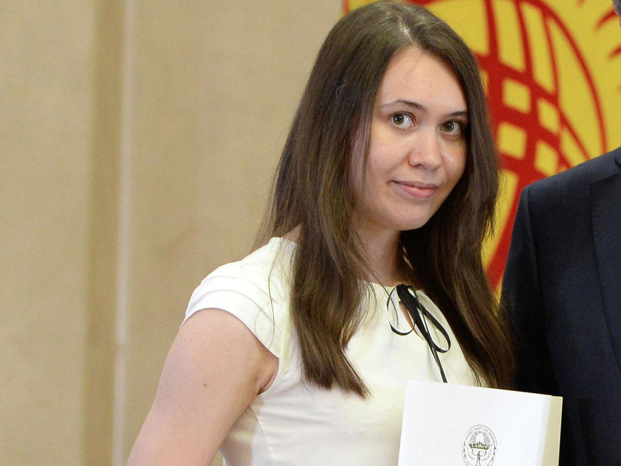 Выпускница учебно-воспитательного комплекса № 38 Анастасия Чичкова