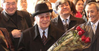 Көрүнүктүү мамлекеттик жана саясий ишмер Турдакун Усубалиев. Архивдик сүрөт