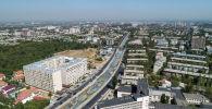 Вид на улицу Малдыбаева и реку Ала-Арча с высоты. Архивное фото