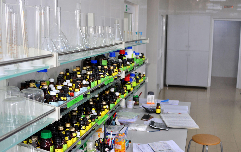 Работа фармацевтической компании кыргызстанца Рахима Бабаева