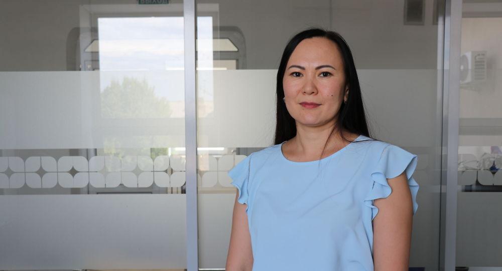 Кыргызстандагы коммерциялык банктардын биринин долбоордук менеджери Алмагүл Кадышева