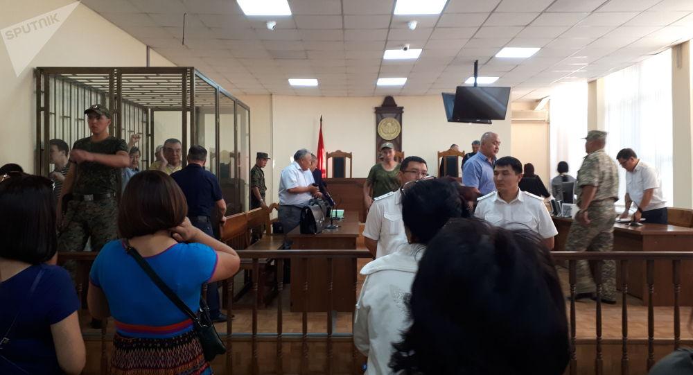 Бишкекский городской суд отклонил апелляцию защиты об изменении меры пресечения с заключения под стражу на домашний арест обвиняемым по делу о модернизации столичной ТЭЦ