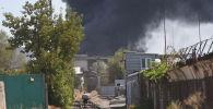 На месте крупного пожара на складе бытовой техники в западной части Бишкека