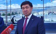 Премьер-министр Мухаммедкалый Абылгазиев отвечает на вопросы журналистов на конференции Современные векторы образования Кыргызстана в Чолпон-Ате