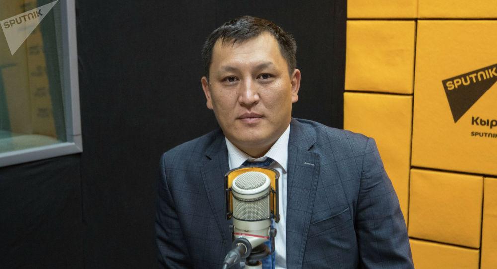 Мамлекеттик салык кызматынын төрагасынын орун басары Улукбек Самыйбеков