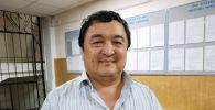 Задержанный адвокат Икрамидин Айткулов в Свердловском районном суде Бишкека