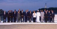 Саммит Большой семерки в Биаррице (Франция) запомнился не только высокой политикой, но и тем, как президент США общался с дамами. Смотрите на видео, как ему отомстила супруга.