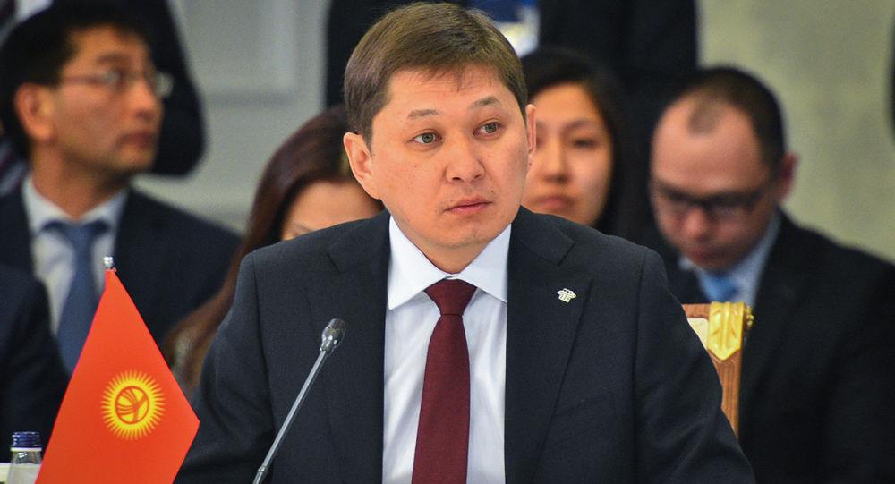 Экс-премьер-министр Кыргызской Республики Сапар Исаков. Архивное фото