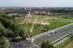 Площадь парка на пересечении Южной магистрали и проспекта Чингиза Айтматова в Бишкеке составляет 10 гектаров. Строительство начали в январе этого года. Парк обошелся в 82 миллиона сомов.