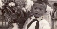 Посол Кыргызстана в России Аликбек Джекшенкулов в школьные годы