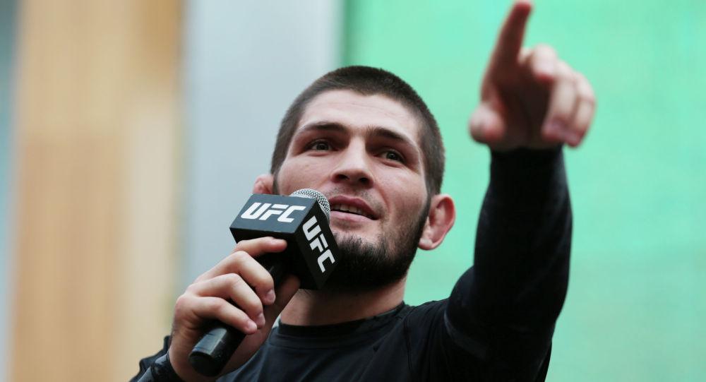 UFC чемпиону Хабиб Нурмагомедов ачык тренировка учурунда. Архив
