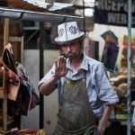 Продавец на рынке