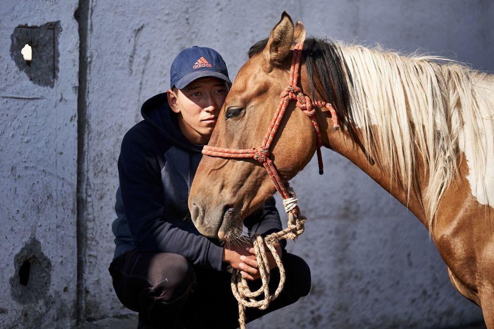 Каракольский скотный рынок. Фотограф рассказал, что дважды был в административном центре Иссык-Кульской области.